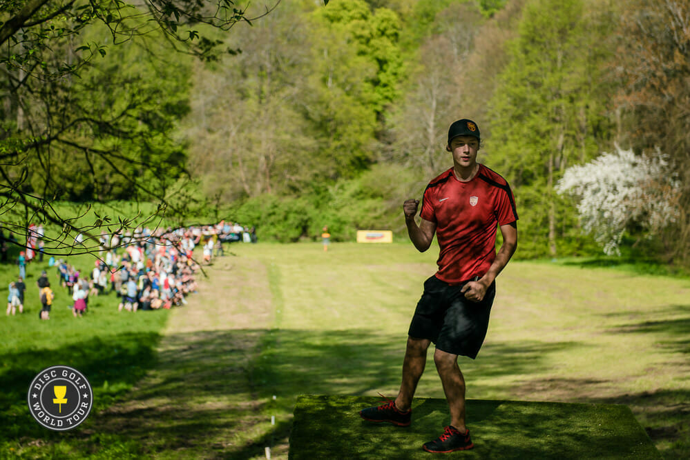 Simon Lizotte has become one of the faces of the brand. Photo: Eino Ansio, Disc Golf World Tour
