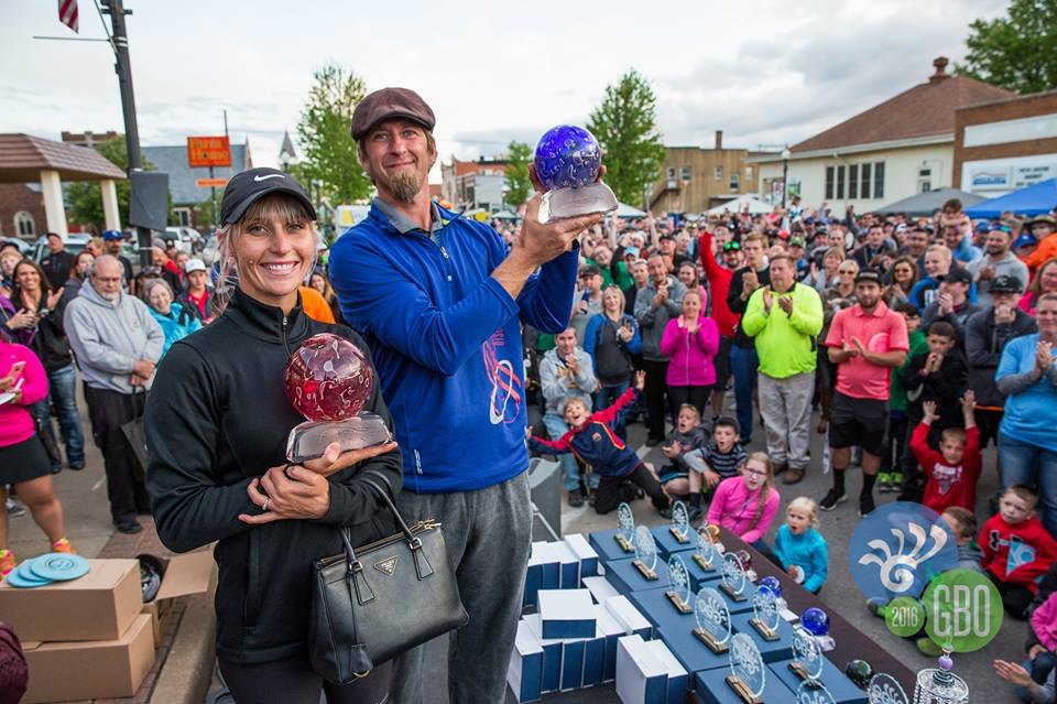 Catrina Allen and Cam Todd took home the namesake trophies a this weekend's Glass Blown Open. Photo: Dynamic Discs