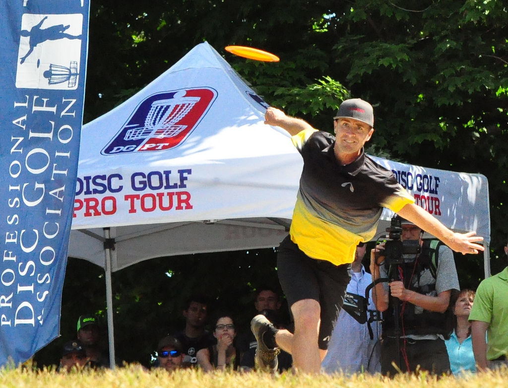 Cale Leiviska played through the final round of the Vibram Open after contracting Lyme disease and is still on the mend. Photo: PDGA