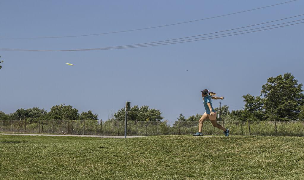 Paige Pierce drives at PDGA Pro Worlds. Photo: Daniel George -- UltiPhotos.com
